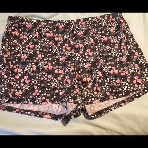 Other - Floral Sleep Shorts Size 2x
